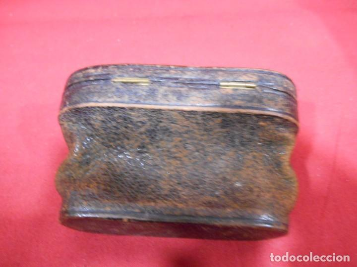 Antigüedades: ANTIGUA FUNDA DE PRISMATICOS DE PIEL - Foto 2 - 69686433