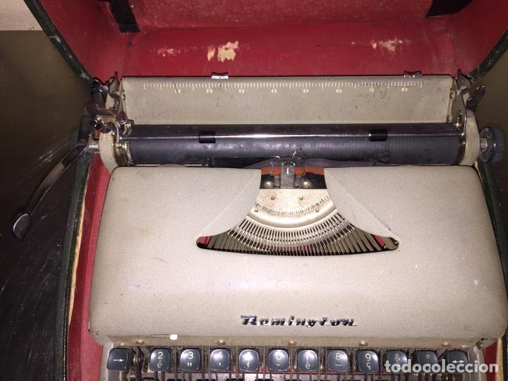 Antigüedades: Máquina de escribir Remington portátil - Foto 3 - 69767118