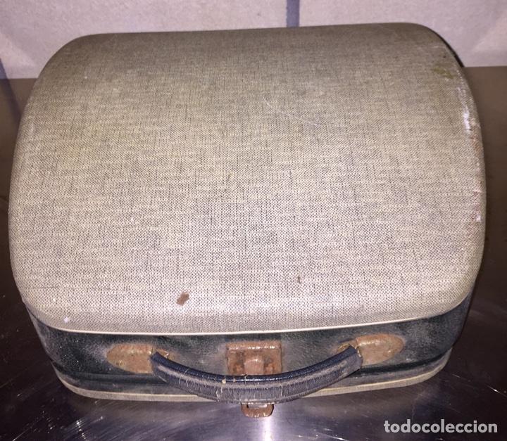 Antigüedades: Máquina de escribir Remington portátil - Foto 5 - 69767118