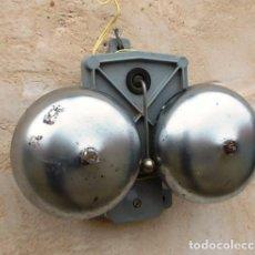 Teléfonos: TIMBRE TELEFONO DE CAMPANAS ANTIGUO FUNCIONANDO, FABRICADO POR ANDISA 1978, TEL365. Lote 69788553