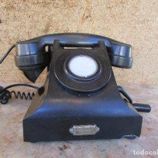 Teléfonos: TELÉFONO DE 1930/40 . BAQUELITA. DE MANIVELA. RARO. DE SOBREMESA. Lote 69906765