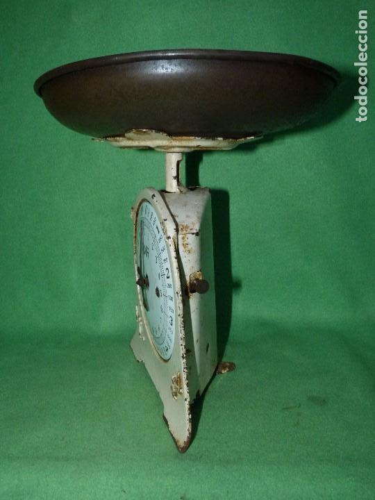 Antigüedades: Preciosa báscula AWR antigua balanza ALEMANA escala esmalte peso hierro colado Art Deco finales XIX - Foto 2 - 69952889