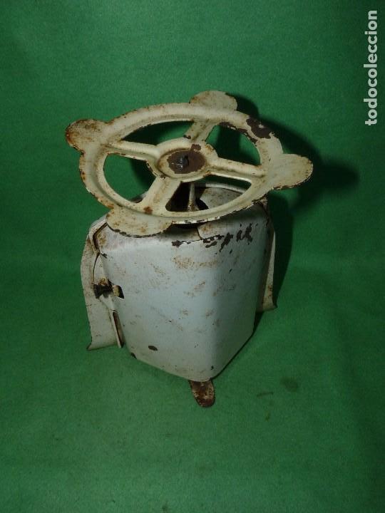 Antigüedades: Preciosa báscula AWR antigua balanza ALEMANA escala esmalte peso hierro colado Art Deco finales XIX - Foto 4 - 69952889