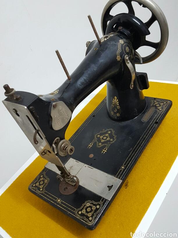Antigüedades: Antigua máquina de coser. - Foto 3 - 70006117