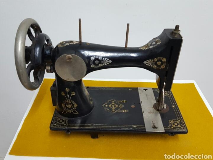 Antigüedades: Antigua máquina de coser. - Foto 4 - 70006117