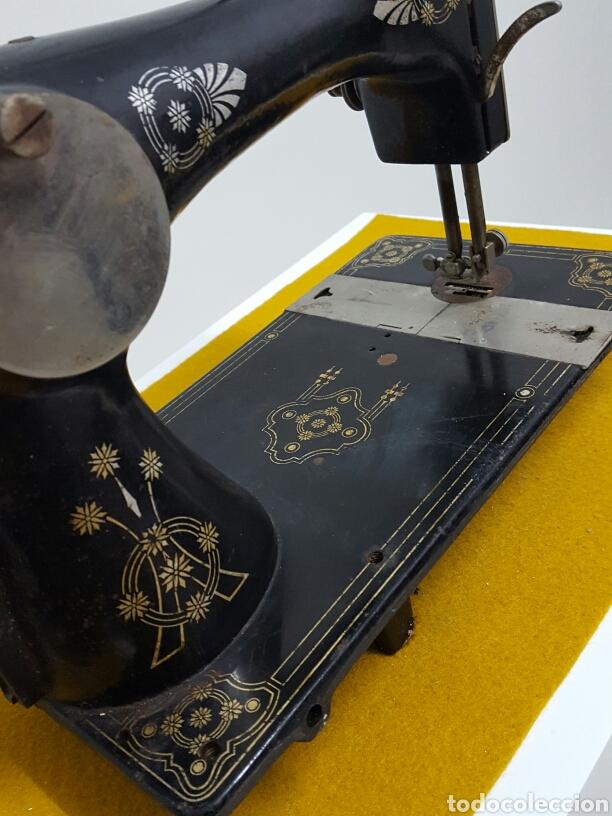 Antigüedades: Antigua máquina de coser. - Foto 6 - 70006117