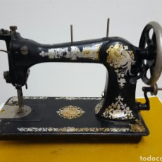 Antigüedades: ANTIGUA MÁQUINA DE COSER.. Lote 70009101