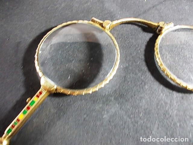 Antigüedades: ANTIGUO BINOCULO PLEGABLE, ARTICULABLE CON MANGO FINAMENTE DECORADO CON ESMALTES - Foto 5 - 70170077