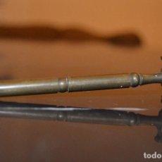 Antigüedades: ANTIGUO CORTA CRISTALES DE BRONCE, INGLATERRA, AÑOS 20.. Lote 70272829