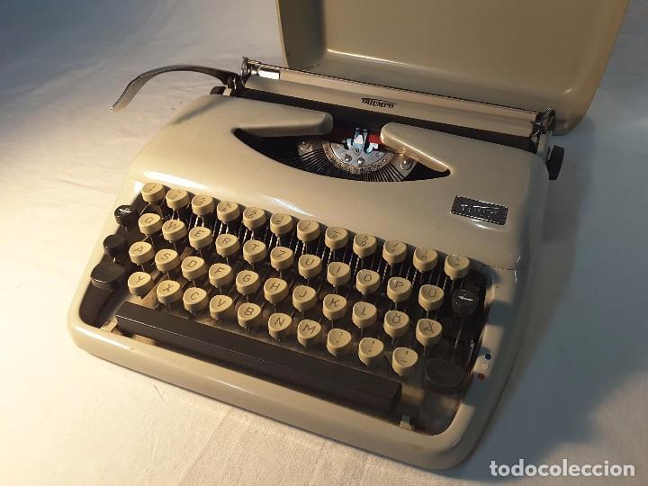 TRIUMPH TIPPA EXTRAPLANA DE LOS 60 (Antigüedades - Técnicas - Máquinas de Escribir Antiguas - Triumph)