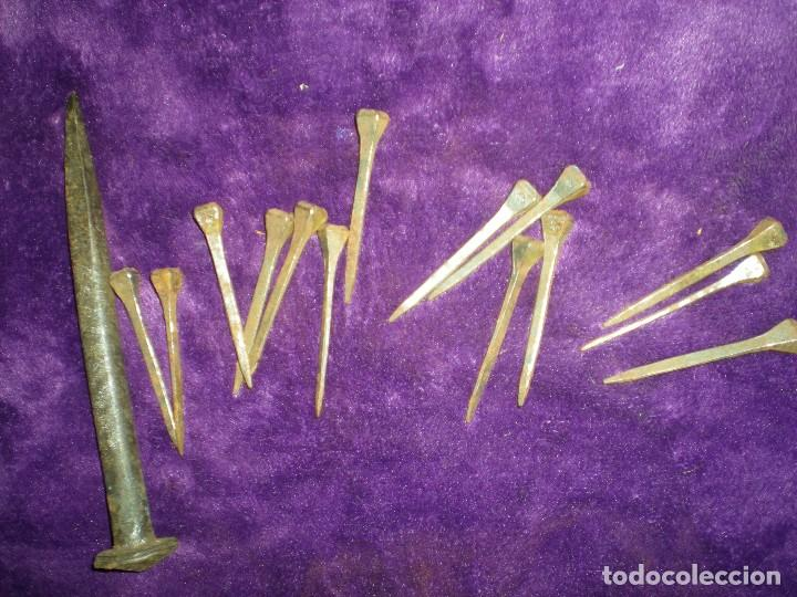 Antigüedades: lote de clavos de forja antiguos muy buen estado ideal restauraciones - Foto 3 - 70368253