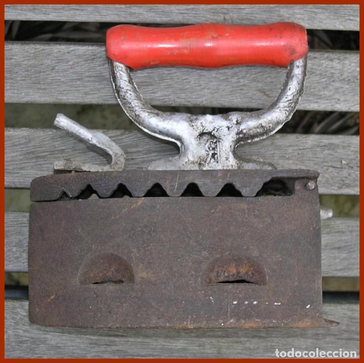LOTE 2 PLANCHA HIERRO FUNDIDO (Antigüedades - Técnicas - Planchas Antiguas - Carbón)