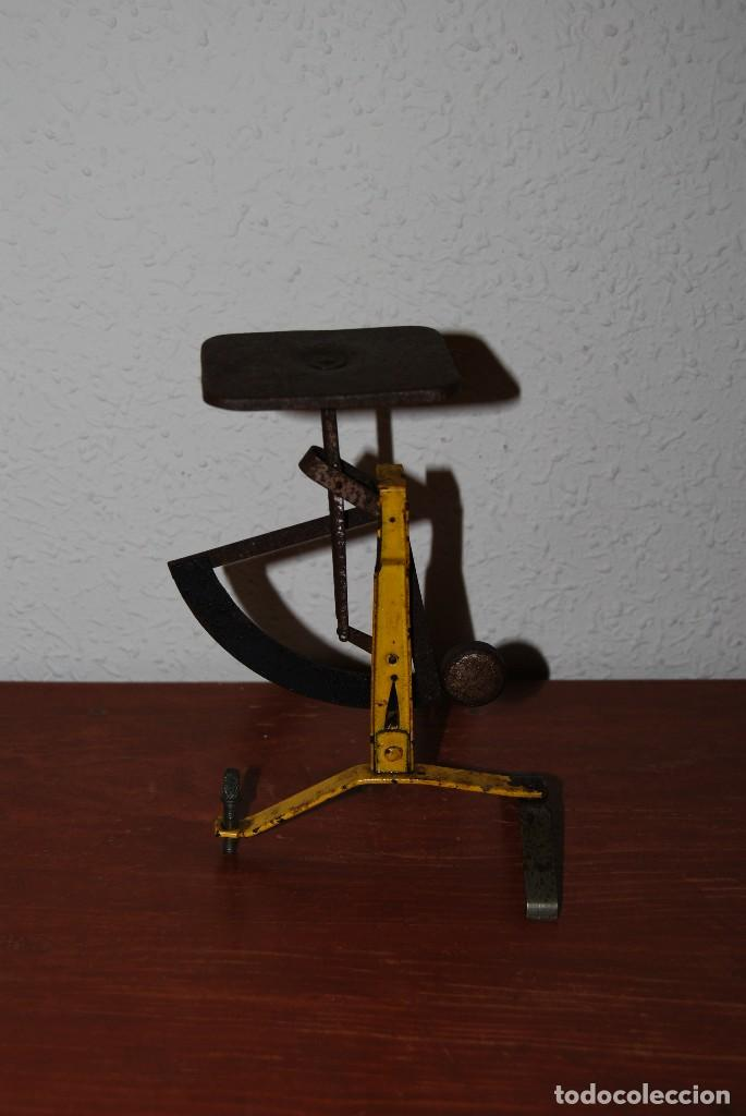 Antigüedades: ANTIGUO PESO PARA CARTAS - BÁSCULA - CORREOS - 100 GRAMOS - Foto 4 - 70564865