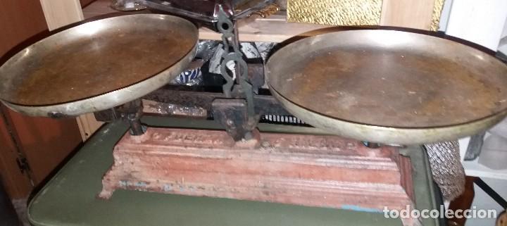 BALANZA DE DOS PLATOS (Antigüedades - Técnicas - Medidas de Peso - Balanzas Antiguas)