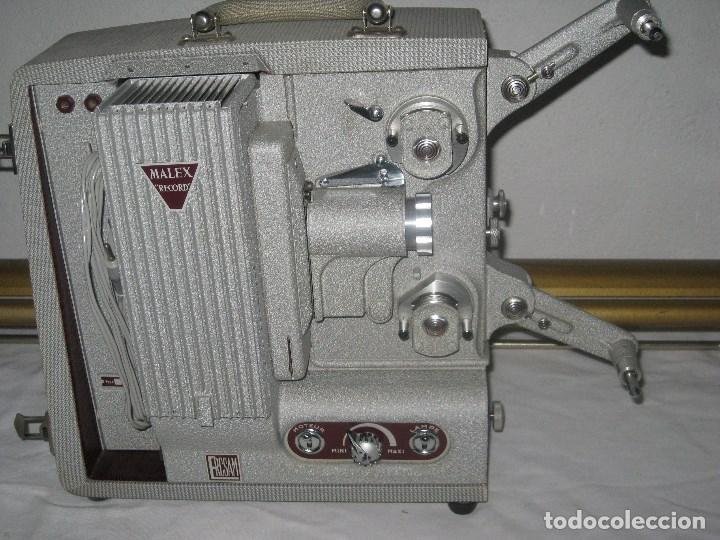 Antigüedades: Antiguo proyector Record, Malex, Ercsam. 8mm. Años 50 - Foto 3 - 71179993