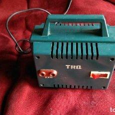 Antigüedades: TRANSFORMADOR TRQ 125/220V PARA RADIO Y TV. Lote 71201477