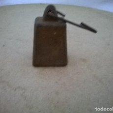 Antigüedades: CURIOSA PESA ANTIGUA . Lote 71396795