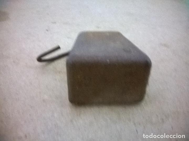 Antigüedades: Curiosa pesa antigua - Foto 3 - 71396795