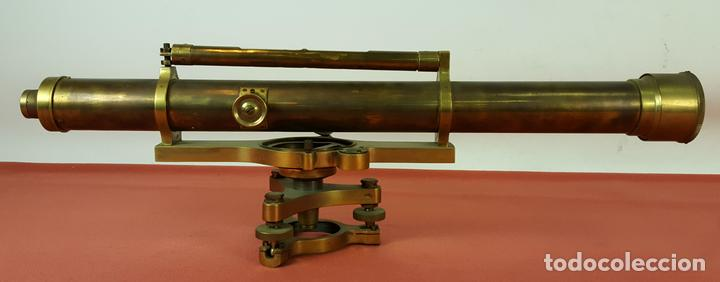 TEODOLITO DE PRECISION COOKE TROUGHTON SIMS. INGLATERRA. PRINCIPIOS SIGLO XX. (Antigüedades - Técnicas - Otros Instrumentos Ópticos Antiguos)