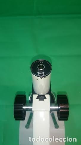 Antigüedades: Microscopio Enosa 04 01 04 nº de serie 12.975. Lente de ocular 5 aumentos - Foto 2 - 70440105