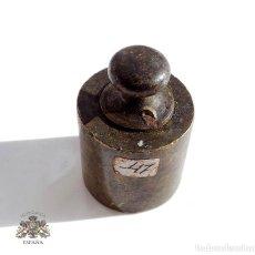 Antigüedades: PONDERAL PESO DE BRONCE 200 GRAMOS. Lote 71602531