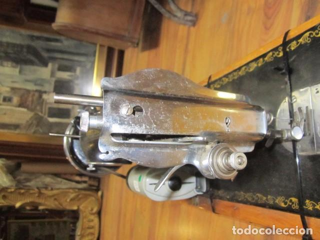 Antigüedades: Antigua máquina de coser Alfa. - Foto 8 - 72117411