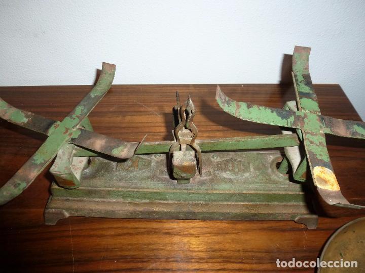 Antigüedades: BALANZA BASCULA CON PESOS VERDE - Foto 6 - 72206219