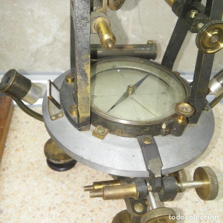 Antigüedades: TEODOLITO DE BRONCE , TOPOGRAFO SUIZO AARAU DE KERN & CO. EN SU CAJON DE MADERA ORIGINAL * IMPECABLE - Foto 6 - 72261887