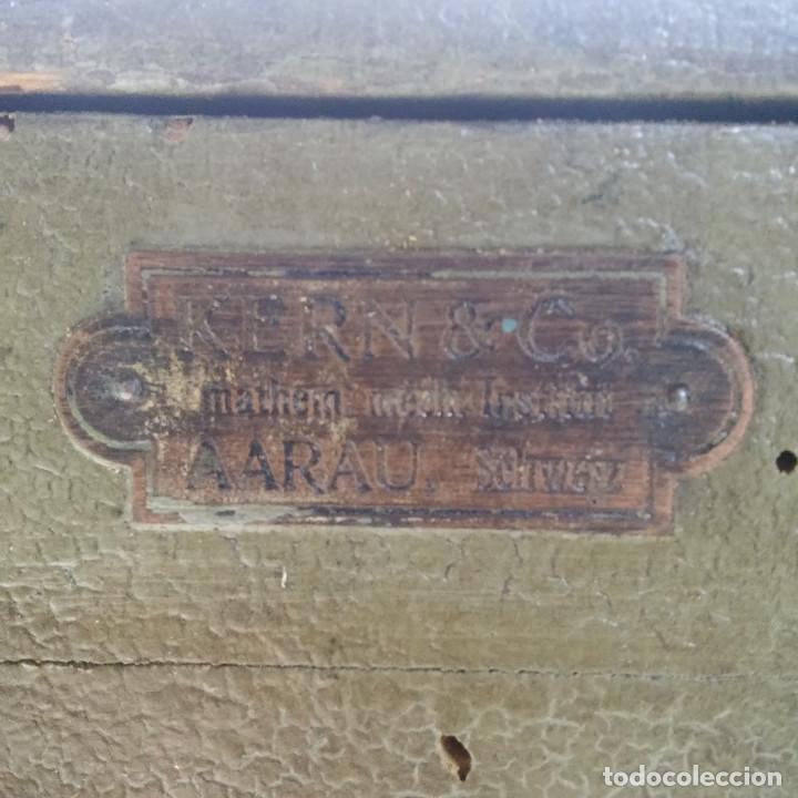 Antigüedades: TEODOLITO DE BRONCE , TOPOGRAFO SUIZO AARAU DE KERN & CO. EN SU CAJON DE MADERA ORIGINAL * IMPECABLE - Foto 34 - 72261887