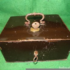 Antigüedades: CAJA FUERTE URKO DOBLE CERRADURA. Lote 72785591