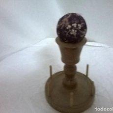 Antigüedades: ALFILETERO Y BOBINERO. Lote 72899091