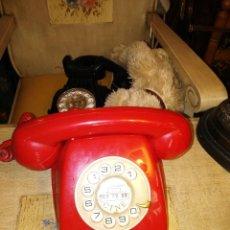 Teléfonos: TELÉFONO VINTAGE EN ROJO . Lote 72998347