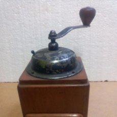 Antigüedades: MOLINILLO ANTIGUO DE CAFÉ DE MANIVELA. Lote 73034775