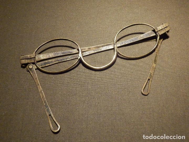 Antigüedades: Muy antigua montura de gafas - Latón - 11 cm. para Cristal de 33mm x 25mm - Marca Hern - Siglo XIX - Foto 3 - 73495291