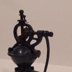 Antigüedades: ANTIGUO MOLINILLO DE CAFE MARCA ELMA. Lote 159609490