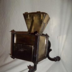 Antigüedades: ORIGINAL MOLINILLO DE CAFÉ ANTIGUO S. XVIII. Lote 73918199