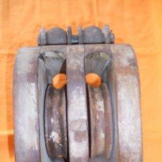 Antigüedades: PASTECA DE DOBLE ROLDANA. Lote 58557462