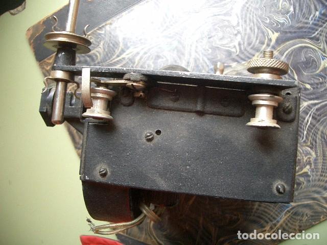 Antigüedades: Antiguo proyector de cine - Foto 4 - 74307591