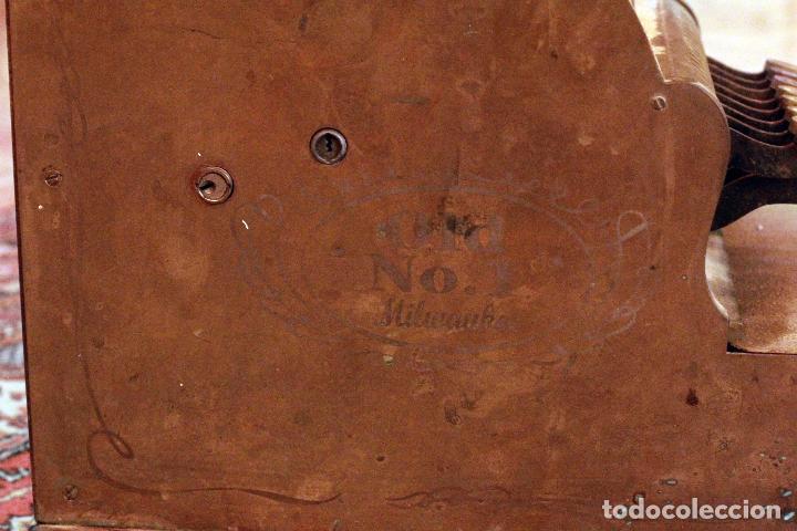 Antigüedades: Antigua maquina registradora, Milwaukee nº1, principios de siglo, única! Pieza de museo. - Foto 4 - 75116339