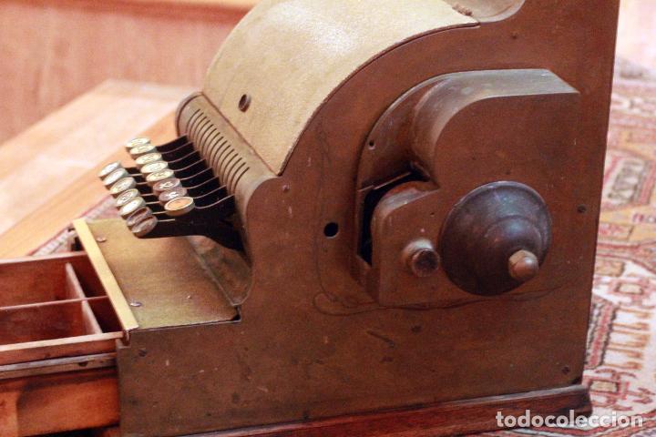 Antigüedades: Antigua maquina registradora, Milwaukee nº1, principios de siglo, única! Pieza de museo. - Foto 8 - 75116339