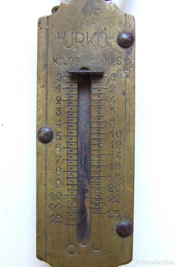Antigüedades: ANTIGUA BALANZA BASCULA DE MANO 12 KILOS MARCA URKO - Foto 2 - 75280547