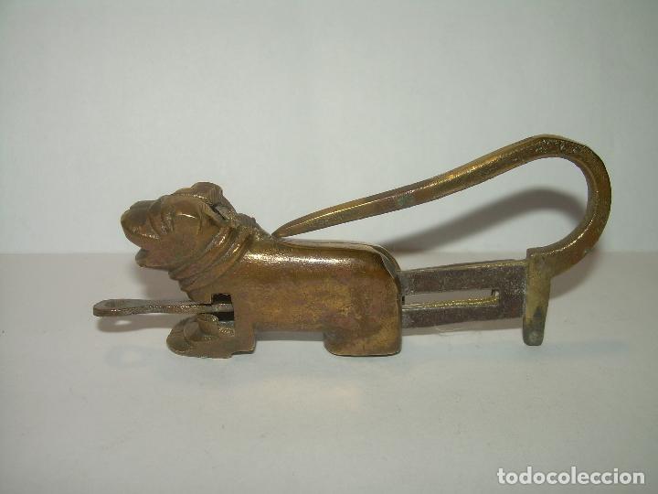 Antigüedades: ANTIGUO CANDADO DE BRONCE CON SU LLAVE. - Foto 3 - 75763707