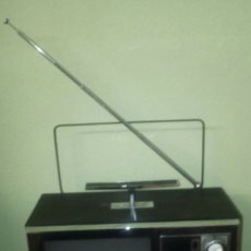 Antigüedades: TELEVISOR PORTÁTIL. Lote 76189043