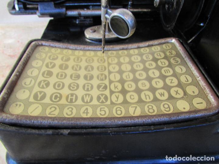 Antigüedades: Máquina de escribir año 1924 de sólo dos teclas MIGNON AEG. Funciona. De museo - Foto 7 - 76576367