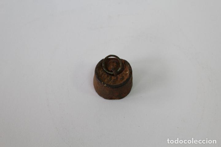 PESA PEQUEÑA PONDERAL DE HIERRO 48GR. (Antigüedades - Técnicas - Medidas de Peso - Ponderales Antiguos)