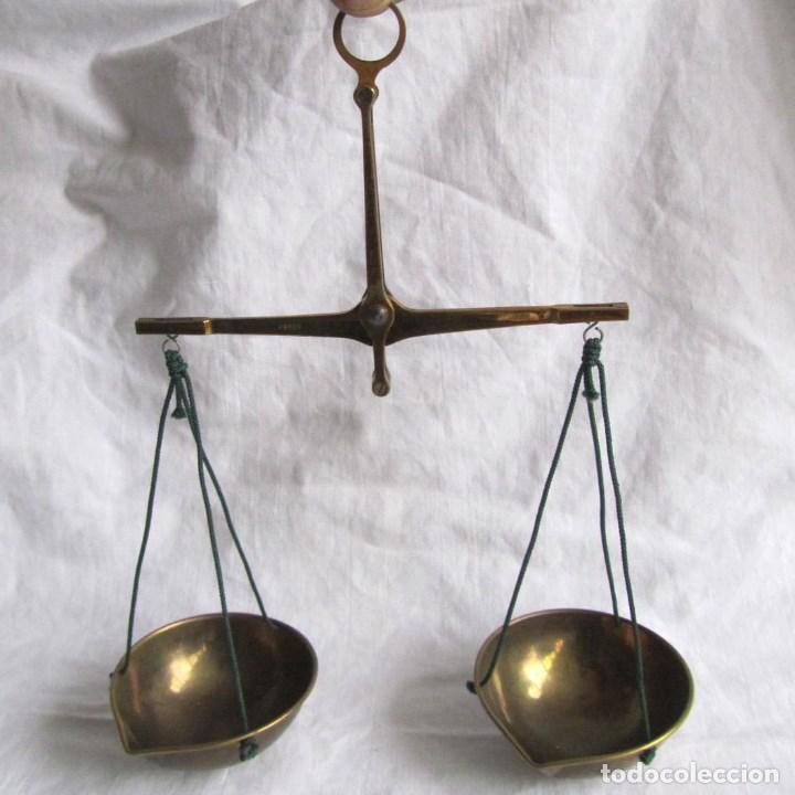 BALANZA DE MANO DE PRECISIÓN COBOS PARA PESAR METALES PRECIOSOS Y GEMAS (Antigüedades - Técnicas - Medidas de Peso - Balanzas Antiguas)