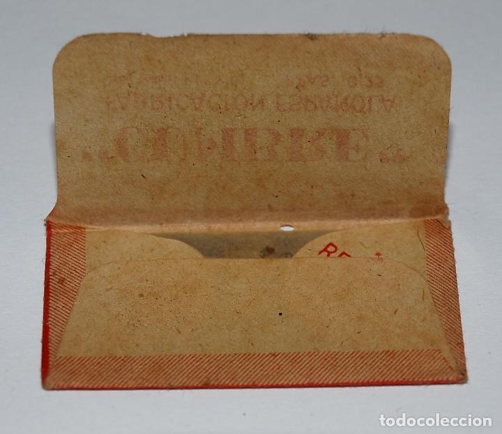 Antigüedades: HOJA DE AFEITAR CUMBRE. FABRICACION ESPAÑOLA. 0,25 PTAS. SIN USO, EN SU FUNDA SIN ABRIR. - Foto 4 - 77377653