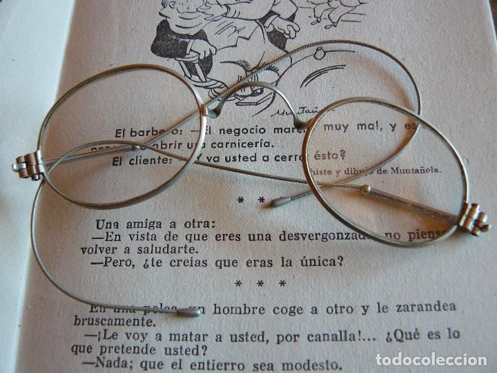 Antigüedades: GAFAS ANTIGUAS TIPO QUEVEDO CON PATILLAS FLEXIBLES -ÒPTICA ANTONIO GARRIGA MANRESA - Foto 2 - 77638909