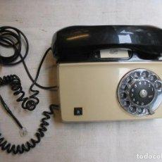 Teléfonos: TELEFONO DE SOBREMESA Y DISCO ' ERICSON ' LIMPIO Y FUNCIONANDO, CONECTOR ADAPTAD, AÑOS 70'S.. Lote 115646266