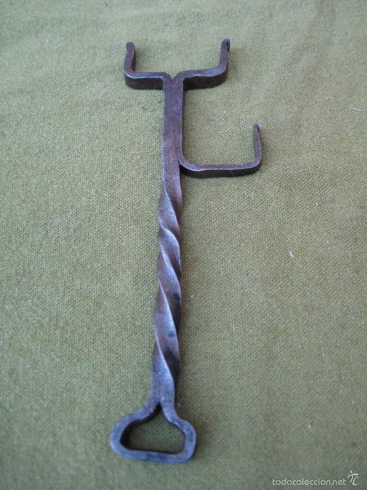 Antigüedades: PIEZA ANTIGUA EN HIERRO FORJADO. - FORJA - - Foto 2 - 210268675